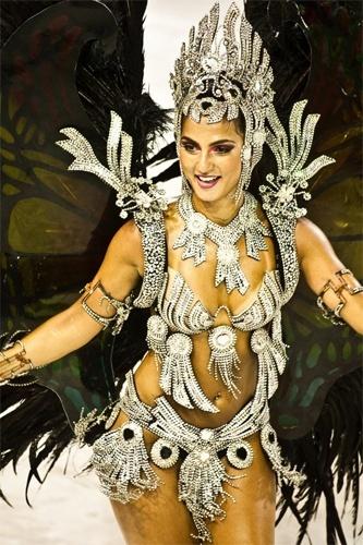 http://f.i.bol.com.br/2012/01/30/bruna-bruno---uniao-da-ilha-do-governador-1327951213671_333x500.jpg
