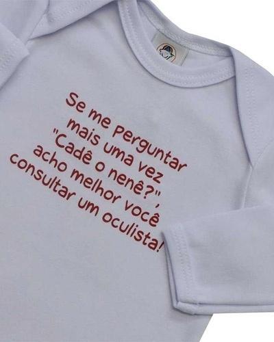 """Body """"Oculista"""". 100% algodão e feito em suedine. Disponível nos tamanhos RN, P, M, G e GG. Preço: R$ 21,90, na Momento Encantado (www.momentoencantado.com.br). Preço consultado em março de 2012"""