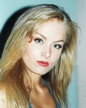 Olhar marcante e cabelos rebeldes (mai.1999).