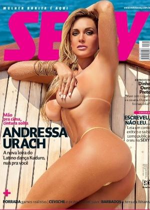 Andressa Urach estrela a capa da 'Sexy'. Dançarina da equipe do cantor Latino, ela chamou a atenção por segurar o bico do seio esquerdo com a mão muito na lateral, dando a impressão de que seu mamilo está fora de lugar.