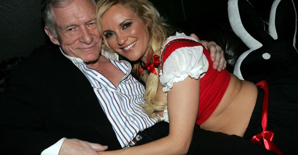 Bridget Marquardt e Hugh Hefner durante a festa de 82 anos do criador da revista Playboy