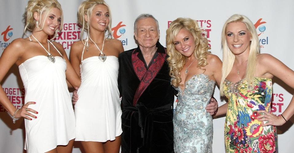 Em 2008, com as namoradas Karissa e Kristina Shannon, Bridget Marquardt e Crystal Harris