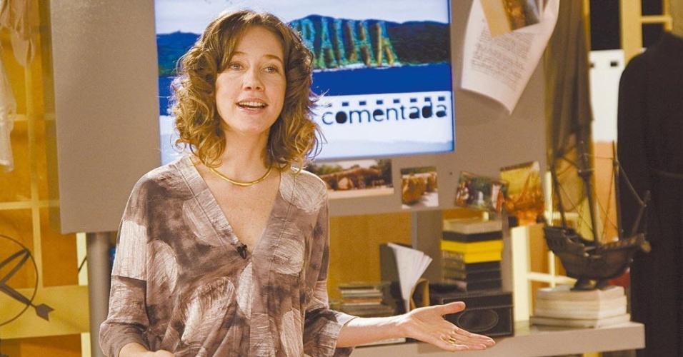 """Camila Morgado é fotografada durante a apresentação do programa """"Faixa Comentada"""", do Canal Futura (11/12/07)"""