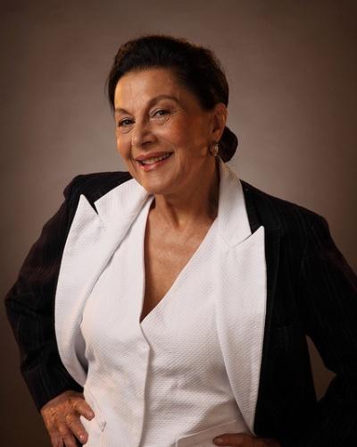 """Marly Bueno ficou marcada por atuar nas grandes produções do ator Manoel Carlos. Marly estrelou em """"Felicidade"""" (1991), """"História de Amor"""" (1995), """"Mulheres Apaixonadas"""" (2003) e """"Páginas da Vida"""" (2006)"""