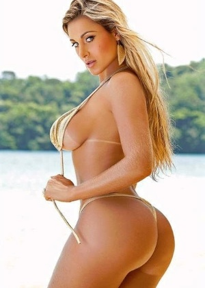 """Andressa Urach em imagem divulgada através do perfil do Facebook da revista """"Sexy"""""""
