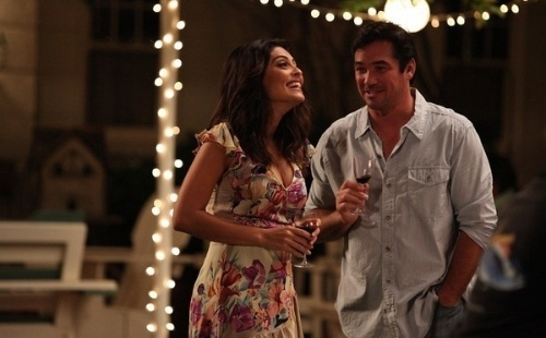 "Juliana Paes e Dean Cain - o Superman da série ""Lois e Clark: As Novas Aventuras do Superman"" - nas gravações do filme ""Bed and Breakfast"" (6/7/10)"