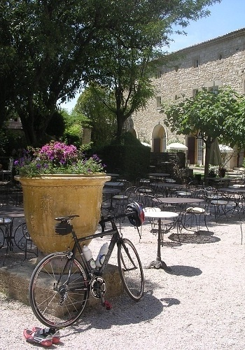 Provence (Fran&#231;a): Na Bike Expedition o pacote de seis noites inclui hospedagem em ch&#226;teaux e hotel de charme com caf&#233; da manh&#227;
