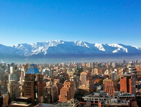 Santiago (Chile): Na Agaxtur Turismo o pacote inclui passagem a&#233;rea S&#227;o Paulo/Santiago/S&#227;o Paulo, quatro noites de hospedagem no Hotel Nippon 