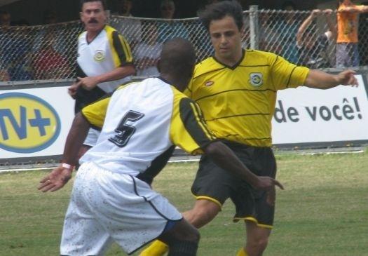 Além do kart, Felipe se arrisca também no futebol. Em janeiro de 2009, ele participou de jogo de futebol beneficente em São Bernardo do Campo (SP).
