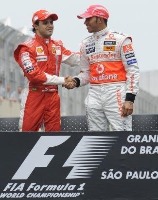 Em 2008, Massa conseguiu fazer o Brasil voltar ao topo da Fórmula 1 por 38 segundos. Cruzou a linha de chegada do GP Brasil em primeiro. O único que poderia tirar o título do brasileiro era Lewis Hamilton, que estava em sexto, mas ultrapassou Timo Glock, terminou em quinto e acabou campeão. (nov.2008).