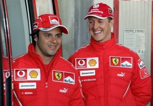 No ano de estreia na escuderia italiana, Felipe Massa foi companheiro do heptacampeão mundial, Michael Schumacher, o melhor professor de Felipe, segundo o próprio brasileiro (fev.2006).