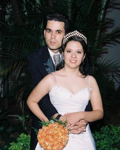 Robson e Viviane Neguto  se casaram no dia 26 de maio de 2007, em S&#227;o Bernardo do Campo, em S&#227;o Paulo. &#34;Ele &#233; o amor da minha vida&#34;, afirma Viviane.