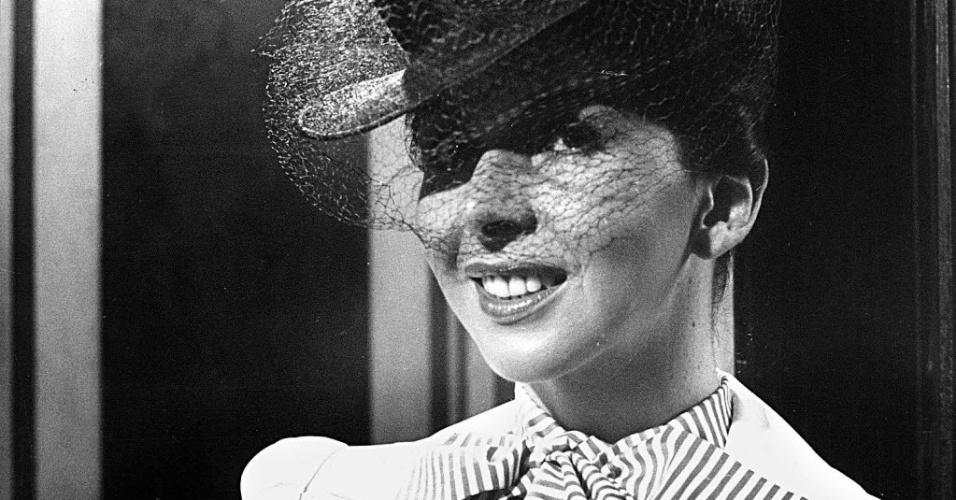 """1974 - A atriz Betty Faria caracterizada para o filme """"A Estrela Sobe"""""""