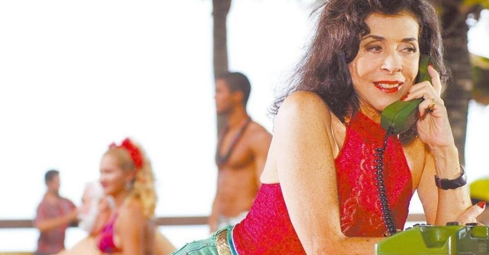 """2007 - A atriz Betty Faria em cena da novela """"Duas Caras"""", exibida pela Rede Globo"""