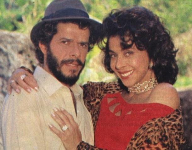 """1989 - Os atores José Mayer e Betty Faria, que integraram o elenco da novela """"Tieta"""", da TV Globo"""