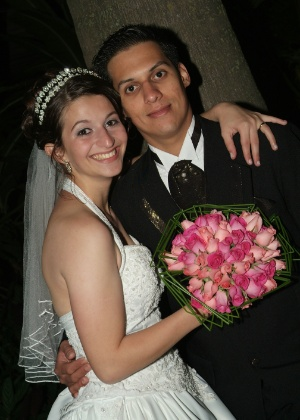 Audrey Cossovan e Anderson Jose casaram-se no dia 11/11/06. &#34;Foi o melhor momento de nossas vidas!!&#34;, conta a noiva.