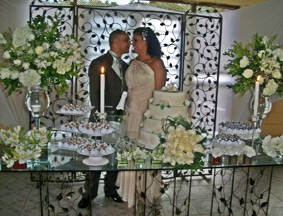 Casamento de Lincoln Dornelas e Vanessa Israel no dia 11/2/12, no Sitio dois Amigos em Mairipor&#227; (SP).