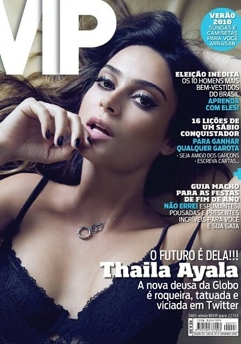 Dezembro de 2009 - Thaila Ayala