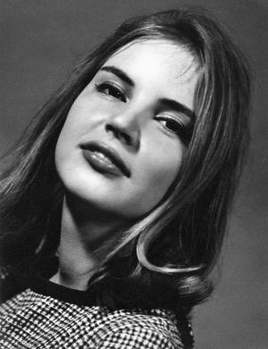 1961 - Elke Maravilha aos 16 anos em 'Rainha Café Brasil'