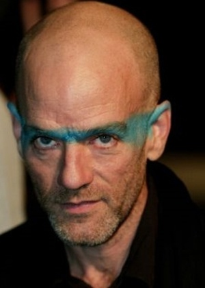 Michael Stipe, do R.E.M, acabou com a especula&#231;&#227;o sobre sua orienta&#231;&#227;o em 2008