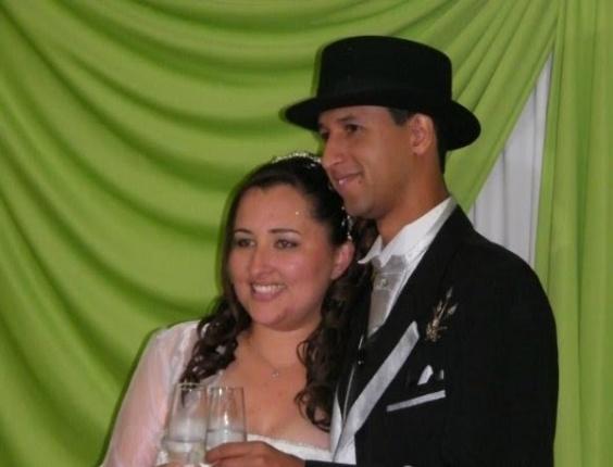 Edivânia Pereira do Nascimento Santos e Uilian da Silva Santos casaram-se no dia 22/10/12, em Ermelino Matarazzo (SP).