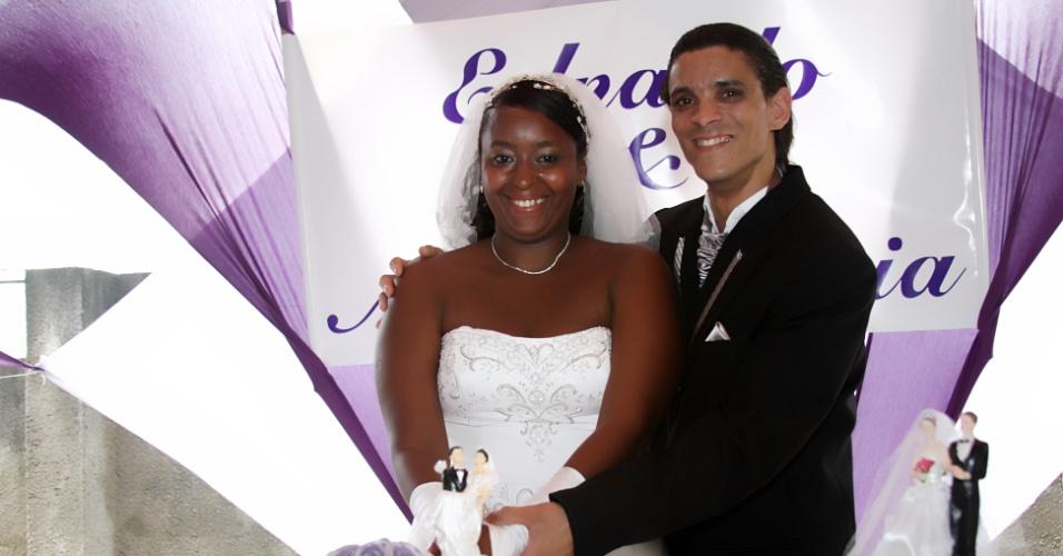 Ana Patricia Damasceno Do Espírito Santo e Ednaldo Do Espírito Santo Jr. se casaram em 10 de outubro de 2009 na Paróquia de Santa Luzia, em Camaçari (BA).