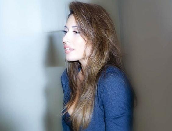 """A atriz Gisele Itiê realizou um ensaio de lingerie para a revista """"Men's Health"""" de junho, na edição que comemora um ano de aniversário da publicação"""