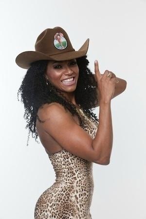 Simone Sampaio, ex-assistente de palco de Raul Gil e rainha de bateria