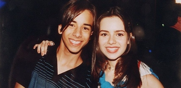 Sandy e Junior em uma foto de divulga&#231;&#227;o da dupla &#40;27/12/1998&#41;