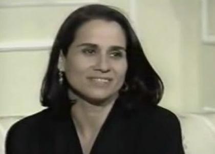 """Vera Holtz na pele de Simone Guedes, em """"De Corpo e Alma"""", exibida pela Globo em 1992"""