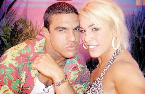 """Belfort e Joana ficaram famosos como casal após participação na """"Casa dos Artistas"""", reality show do SBT (2002)"""