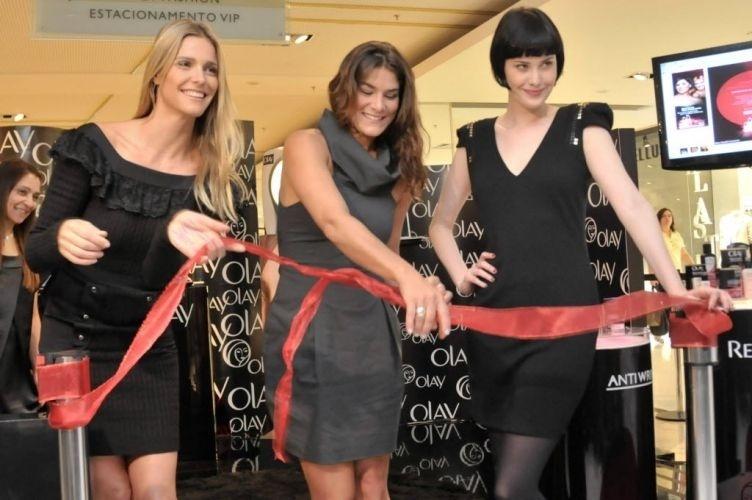 As atrizes Fernanda Lima, Priscila Fantin e Mayana Moura durante evento da marca de cosméstico Olay, no shopping Morumbi, zona sul da capital paulista (21/10/10)
