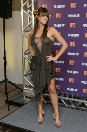 Fernanda Lima foi a apresentadora da cerimônia de entrega dos prêmios do VMB 2004 (Video Music Brasil)
