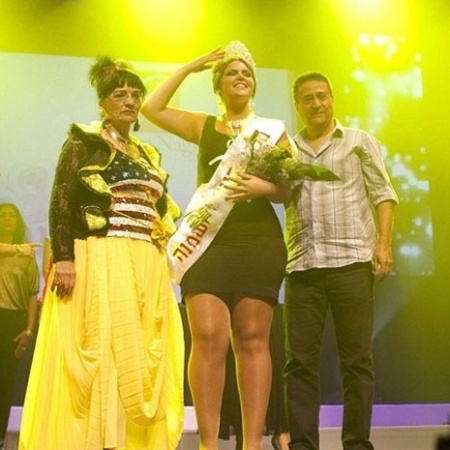 A modelo Vered Fisher, de 22 anos e 110 kg, foi eleita Miss Large na cidade de Beersheva, sul de Israel (23/6/12). O concurso, semelhante ao Miss Plus Size do Brasil, teve 16 concorrentes