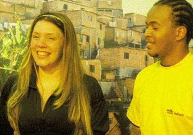 Em 2000,com 24 anos de idade, Simony assumiu um namoro com o rapper Afro-X, que é ex-presidiário. Em setembro desse ano, ficou grávida e em junho de 2001, nasceu seu primogênito Ryan Eduardo e eles se casaram. Em 2003, nasceu sua segunda filha Aysha. Em 2004, eles se separaram