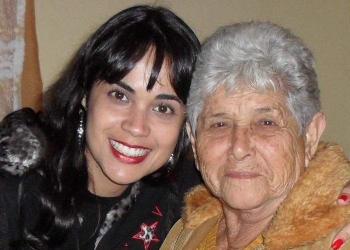 """""""Minha avó é muito especial para mim"""", diz Rafael dos Santos Machado sobre a vovó Geralda. A família da internauta é de Barra Mansa (RJ)"""