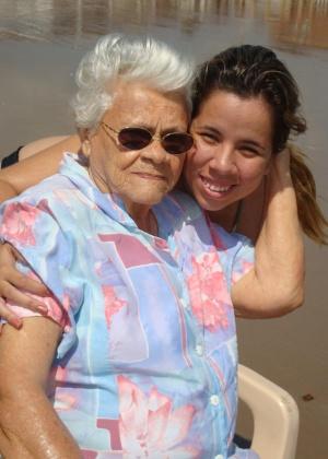 """""""A minha avó, Vitalina Lisboa Bezerra, era e vai ser a pessoa mais especial da minha vida, ela faleceu no dia 16/6/12 mas continua sendo a pessoa mais especial da minha vida!"""", conta Sabrina Lisboa Bezerra."""