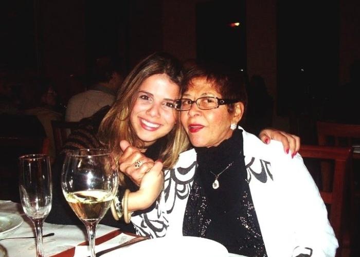 """""""Eu e minha querida avó que amo muito, Irene Ferreira Guazzelli"""", conta Bruna Guazzelli, de Poços de Caldas (MG)."""