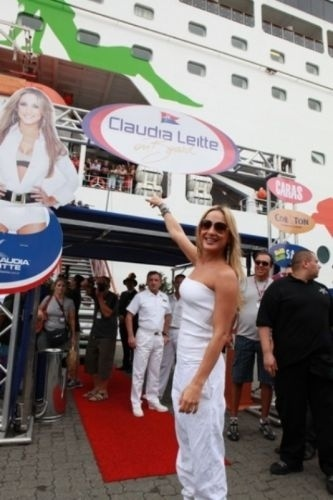 No cruzeiro 'Claudia Leitte On Board 2009' (2009)