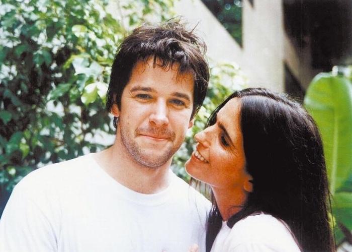 """1.jan.2004 - Murilo Benício e Malu Mader, que formam um dos casais do filme """"Sexo, Amor e Traição"""", de Jorge Fernando"""