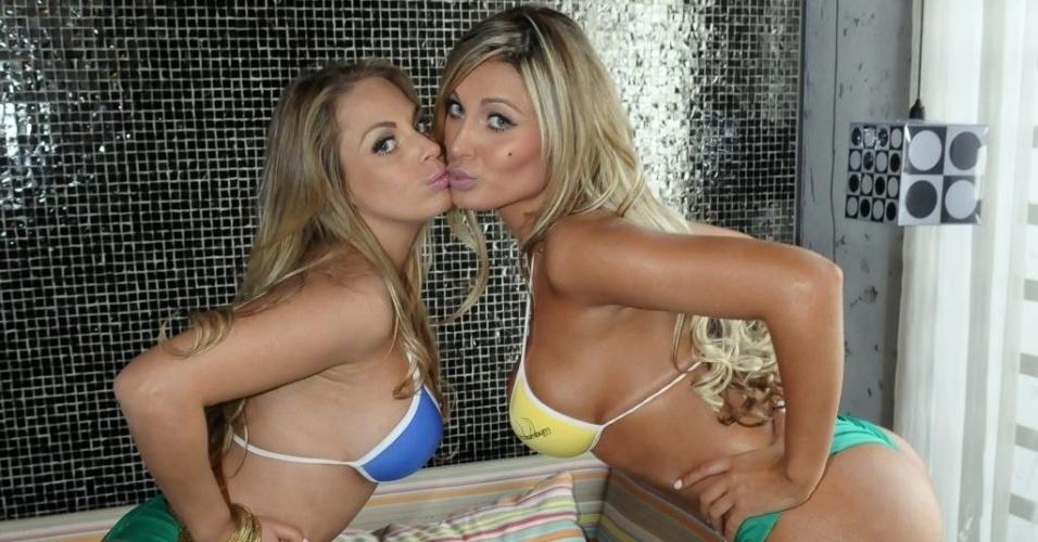 Conhecidas do público, Jessica Lopes e Andressa Urach sensualizam e provocam o imaginário masculino durante sessão de fotos do 'Miss Bumbum Brasil 2012' (28/8/12).