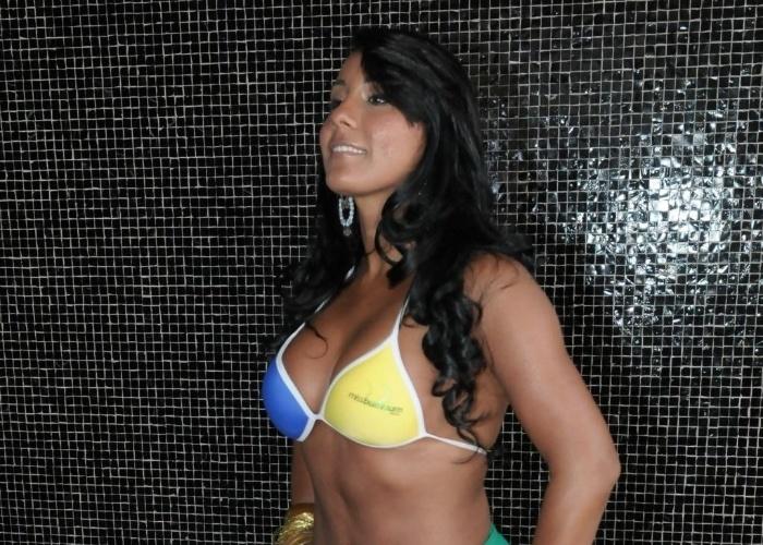 Representando o Estado de Rondônia, Suelen Vernaglio é uma das participantes da edição 2012 do 'Miss Bumbum'..