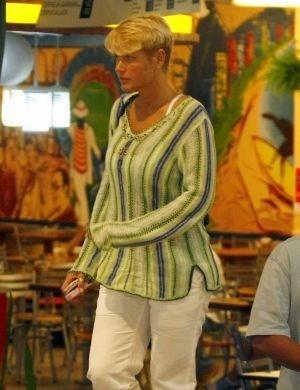 1.mai.2008 - Xuxa saindo de academia na Barra da Tijuca, Rio de Janeiro