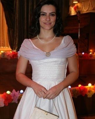 """5.mai.2008 - Cleo Pires com o figurino de sua personagem na novela """"Ciranda de Pedra"""". Ela interpretou a doce professora primária Margarida, que se apaixonou pelo personagem de Bruno Gagliasso"""