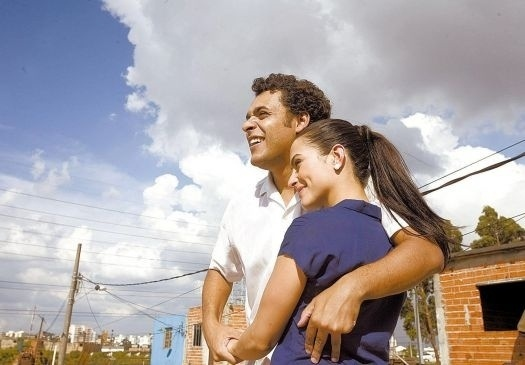 """17.nov.2009 - Cleo Pires fez o papel de Lurdes, primeira esposa do ex-presidente Luís Inácio Lula da Silva, no filme """"Lula, o filho do Brasil"""", que também foi escolhido como o representante nacional na disputa pelo Oscar 2011"""