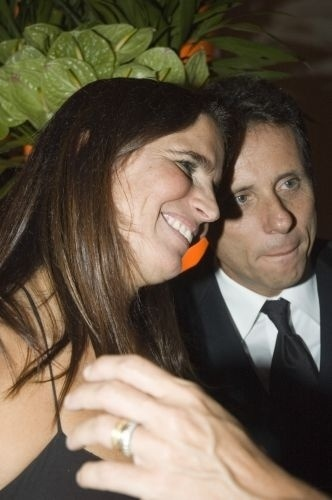 "Malu Mader e o marido, o músico Tony Bellotto, durante a festa de lançamento da novela ""Paraíso Tropical"", no Copacabana Palace, no Rio (3/3/07)"
