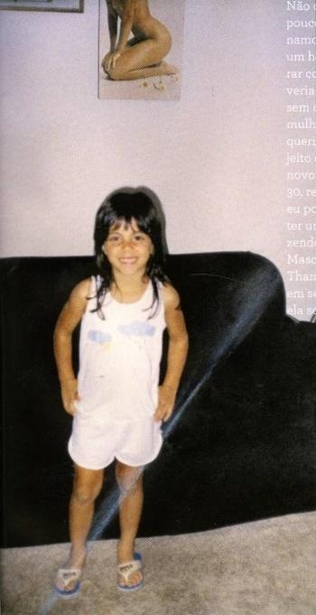 Thammy Gretchen faz pose para foto em 1990