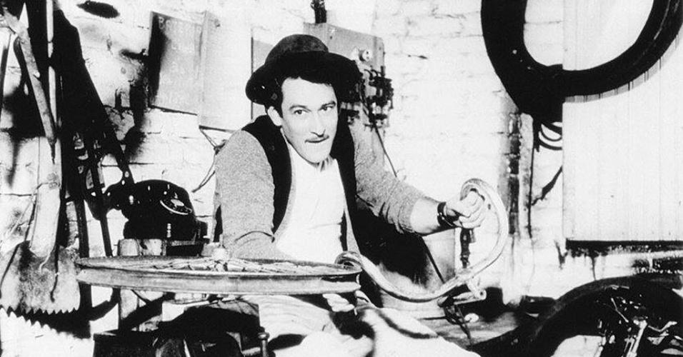 """O ator Paulo Goulart em cena do filme """"O Grande Momento"""", lançado no ano de 1958. Na obra, Paulo interpretou Vitório"""