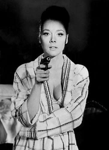 "Diana Rigg viveu Tereza di Vicenza, em ""On Her Majesty's Secrety Service"", de 1969"