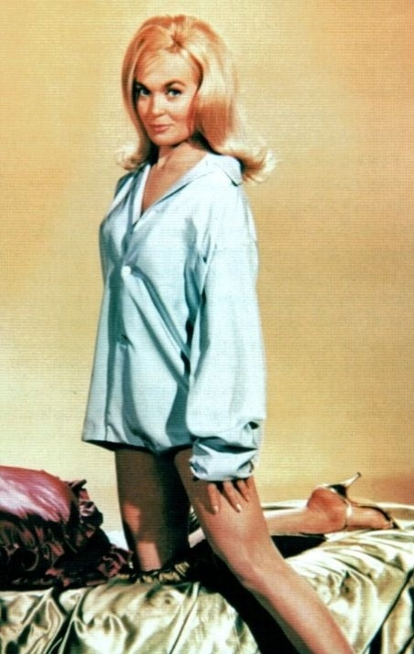 Shirley Eaton inter